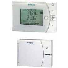 Weekday / weekend room thermostat